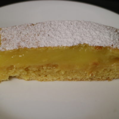lemon delicious slice