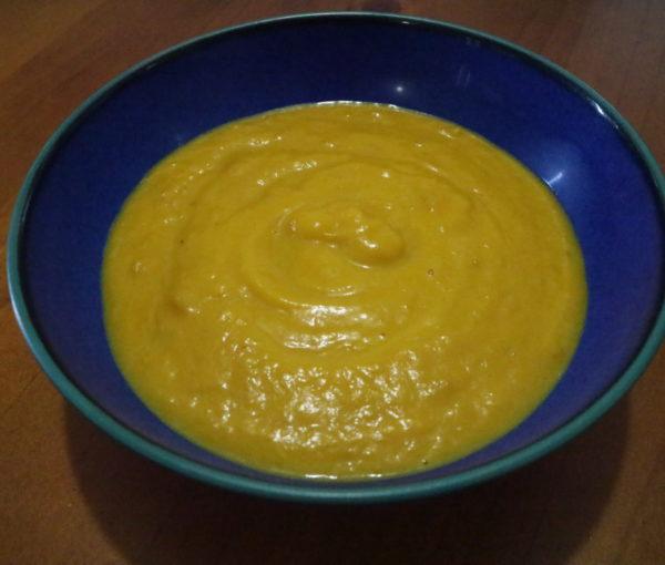Creamy Pumpkin and Bacon Soup